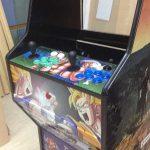 Colocamos y verificamos el panel de control en la máquina arcade