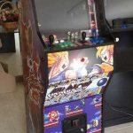 Esto ya parece una máquina arcade. Cableando y metiendo el sistema de juego.