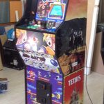 Aspecto final de la máquina arcade.
